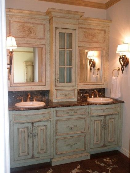Modern Bathroom Storage by Lily Ann Cabinets