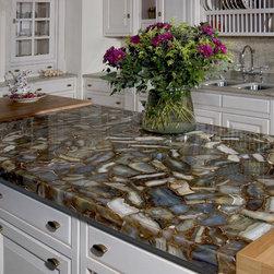 Seifer Countertop Ideas - Photo provided by CaesarStone Quartz Surfaces - 877.9QUARTZ - www.caesarstoneus.com