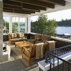Contemporary Porch by Tom Kuniholm Architects, AIA