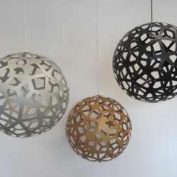 David Trubridge - David Trubridge Coral 600 Pendant Lamp, Aluminum Gold - This innovative lamp features a series of spokes, evoking coral, even starfish, connected to create an organic pattern. Its airy design allows you to see a variety of free-flowing shapes at any angle.