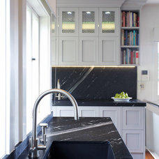 Traditional Kitchen by Natalie Du Bois