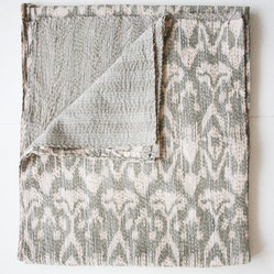 Ikat Quilt, Gray, Twin Size by Gypsya