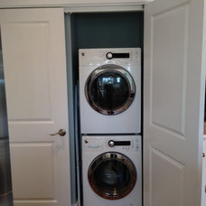 Traditional Laundry Room by Schachne Architects & Builders