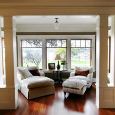 Traditional Living Room by Blue Sound Construction, Inc.