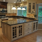 O'Neil Classic Kitchen - O'Neil Cabinets Classic door style.