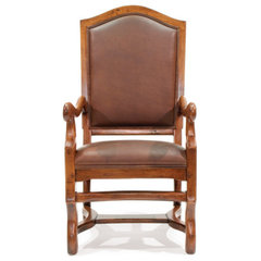traditional dining chairs and benches by Robert Seliger Custom Fine Furniture