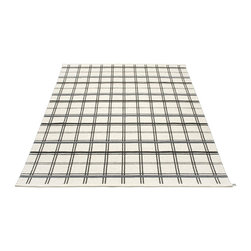 Pappelina - Alice Black Rug - This outdoor rug from Pappelina contains a basic geographic pattern. It uses PVC-plastic and polyester-warp to give it ultimate durability and clean-ability. Great for decks, bathrooms, kitchens and kid's rooms.