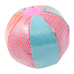 Petit Pan - Baby Balloon - A sensory delight: Your baby will have a ball with this soft, cuddly balloon, which will stimulate all of her senses. She'll squeal with energy with the ball's colorful patchwork and the small bell inside that jingles with joy.