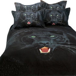 Dolce Mela - Safari Themed Duvet Covet Set  Luxury King Bedding Dolce Mela DM413K - Give a stylish makeover to your bedroom with this animal themed bedding featuring Black Panthers and their life threatening teeth and bright green eyes.