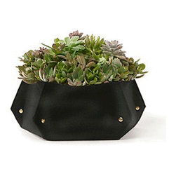 Tina Woolly Pocket - Black - Create a finished look for your indoor arrangements with these mini tabletop planters. Made from 100% recycled plastic bottles, the exterior fabric is lightweight and breathable to allow plants to aerate. Planters include a waterproof barrier inside.
