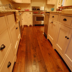 traditional wood flooring by Burchette & Burchette Hardwoods
