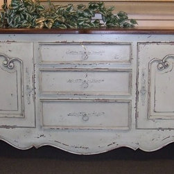 """Ivory Habersham Style Sideboard Buffet - This is a very nice Habersham style sideboard buffet in a distressed ivory finish with 3 drawers and 2 cabinets. Measures 76"""" wide x 22.5"""" deep x 33.5"""" high."""