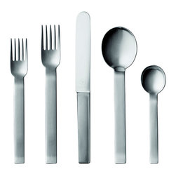 Pott - Royal Copenhagen Pott 35 - 5pc Setting - Bold is the feel of this flatware design, rooted on a stern geometric foundation. Originally designed by Carl Pott at the request of the people of Cologne who gifted it as the official city cutlery. Like no other Pott flatware, this setting has been designed in Bauhaus tradition. Fitting its strong sense of presence, the forks have five tines and are finished with particularly striking broad, heavy handles.