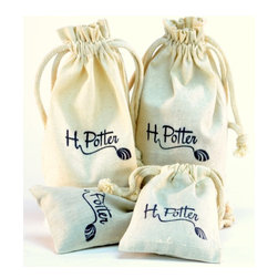 H Potter - Terrarium Planting Kit - Sow your own seeds with this planting kit. It contains everything you need for your terrarium — pea gravel, activated charcoal, sphagnum moss and soil — all neatly packaged in burlap bags.