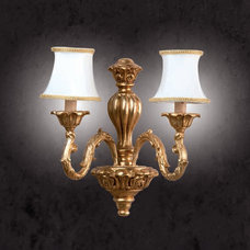 Traditional Wall Sconces by Topdomus by Elettromarket illuminazione