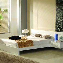 VIG Furniture - Alaska Platform Bed with Built-In Nightstands - A low profile silhouette, outstanding horizontal line design, high gloss white or black lacquer finish, and innovative LED lights make the Alaska Platform Bed with Built-In Nightstands a topnotch choice for your contemporary bedroom.