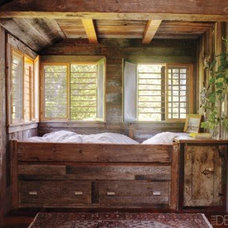 Home Design / Reclaimed built in bed!