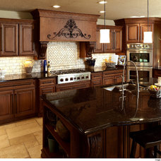 Traditional  by Showplace Wood Products