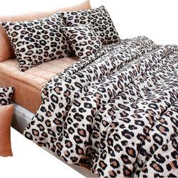 Silver Fern Decor - Beige Brown Leopard Microfiber Duvet Cover Set, King - Details)