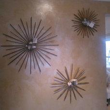 Modern Mirrors by JT Interiors at Potomac House
