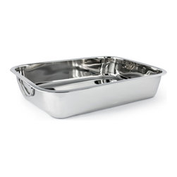 Cuisinox - 12 x 9.5 x 2 stainless steel lasagna pan - Also referred to as a lasagna pan, this rectangular roaster comes in a lustrous mirror finish.
