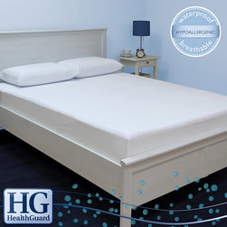 HealthGuard - HealthGuard Bed Protector Ultra Plush Full-size Mattress Protector - Ensure long-lasting use from your mattress with this ultra-plush full-size bed protector from Health Guard. Designed to protect your 18-inch mattress against water damage and allergens, this comfortable protector will enhance your sleep experience.
