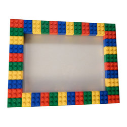 MR Brick Designer - LEGO Picture Frame, 5x7 - This LEGO® picture frame is perfect to show of the personality of anyone who loves Lego and having fun! Alternatively, the frame could be used for as a small dry erase board.