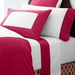 Garnet Hill - Palazzo Percale Duvet Cover - Double/Queen - Raspberry - This luxurious pure cotton Italian bedding melds modern colorblocking with the elegance of sateen fabrics. Combines the crispness of 200 thread count percale with the silky smoothness of 300 thread count sateen. Flat sheet is percale with colored sateen border at the top. Comforter cover is white percale with wide colored sateen border and percale back. Standard shams backed in colored sateen. Continental shams are backed in white percale. Fitted sheet is solid white percale. Italy.