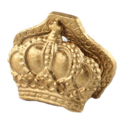 HomArt - Cast Iron Crown Clip - Bring some shine to your space with the Cast Iron Crown Clip. With a bright gold finish and ornate detailing, this clip has an elegant, regal feel. Set it on a desk to hold papers or use it to display place cards at a dinner party.
