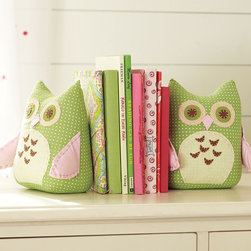 Owl Bookends - These are a perfect way to add a little bit of the owl trend to a girl's room without going overboard.