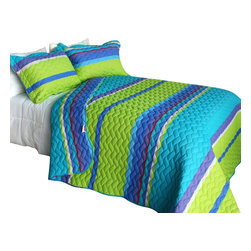 Blancho Bedding - [Exotic Fantasy Wood]Cotton 2PC Vermicelli-Quilted Patchwork Quilt Set Twin Size - The [Exotic Fantasy Wood] Quilt Set (Twin Size) includes a quilt and a quilted sham. This pretty quilt set is handmade and some quilting may be slightly curved. The pretty handmade quilt set make a stunning and warm gift for you and a loved one! For convenience, all bedding components are machine washable on cold in the gentle cycle and can be dried on low heat and will last for years. Intricate vermicelli quilting provides a rich surface texture. This vermicelli-quilted quilt set will refresh your bedroom decor instantly, create a cozy and inviting atmosphere and is sure to transform the look of your bedroom or guest room. (Dimensions: Twin quilt: 67.7 inches x 87.7 inches Standard sham: 24 inches x 33.8 inches)