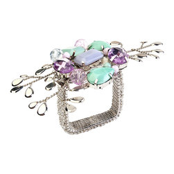 Berry Branch Napkin Ring - Silver/Seafoam/Lilac - Inspired by the burgeoning of berries come spring, the Berry Branch Napkin Ring boasts a gentle loveliness that makes it ideal for an early morning brunch on the terrace, a gathering of friends in the garden, an evening summer soiree. Silver, seafoam, and lilac hues blend together to create a pleasing coloration.