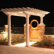 Traditional  by Joyful Builder Design Services