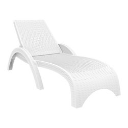 Siesta - Miami Resin Wickerlook Chaise Lounge White (set Of 2) - -Made from commercial grade resin. Wickerlook resin weave design. Not Woven, will not unravel.