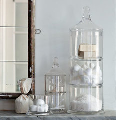 traditional bath and spa accessories by West Elm