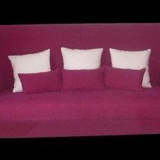 Contemporary Sofas by 8888interni.com