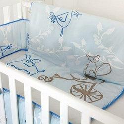 Nevo Organic Crib Blanket/Comforter - The Nevo organic crib blanket/comforter features a playful animal design.
