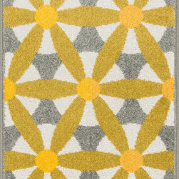 "Loloi Rugs - Loloi Rugs Terrace Collection - Grey / Multi, 1'-8"" x 5' - Bold design and bright colors come together beautifully in the outdoor-friendly Terrace Collection. Each Terrace rug is power loomed in Egypt of 100% polypropylene that's specially treated to withstand rain and UV damage without staining or fading color.�"