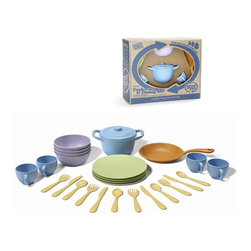 Green Toys - Green Toys Cookware and Dining Set - With the Green Toys Cookware Dining Set, little ones can do way more than just serve afternoon tea! This unique set includes a full array of play cookware and Dinnerware all made from recycled milk jugs.