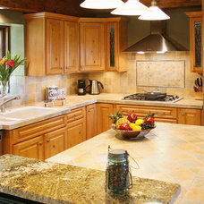 Traditional Kitchen by K.G. Stevens