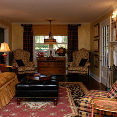 Traditional Living Room by Jill Imse for Ethan Allen