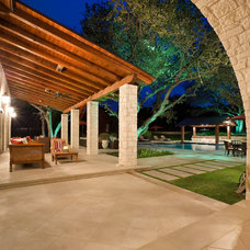 Mediterranean Patio by Shiflet Group Architects