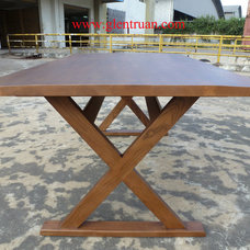Traditional Dining Tables by Glentruan Furniture Ltd.