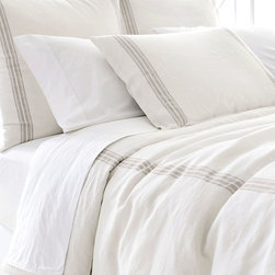 Varana Linen Neutral Duvet Cover - It would be well-suited as much to a French country home in Provence as to a bungalow in Bel Air; such is the refined beauty of the Varana Linen Neutral Duvet Cover. The pale background and neutral colored striping allow the piece to blend easily with a room decor of muted colors or to soften the presentation of more vibrant hues.