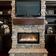 contemporary fireplaces by La Mode Design