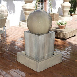 Obtuse Fountain with Ball -