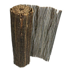 "Gardman USA - Willow Fencing 13' x 3'3"" - Features:"