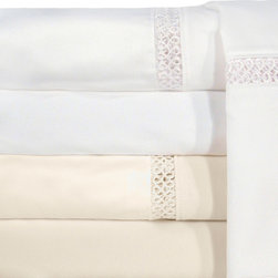Veratex - Grand Luxe Payton Egyptian Cotton Sateen Deep Pocket 1200 Thread Count Sheet Set - This Egyptian cotton sheet set delivers the utmost in comfort and practicality. Designed to fit sheets up to 18 inches high and available for most standard bed sizes,these luxurious sheets will help you fall asleep fast and wake up feeling refreshed.