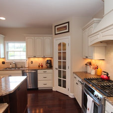 Traditional Kitchen by Costa Homebuilders