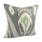 Hand Woven Ikat Pillow Cover - Spi112 - Ikat pillow cover constructed from hand woven Ikat fabric from Uzbekistan.